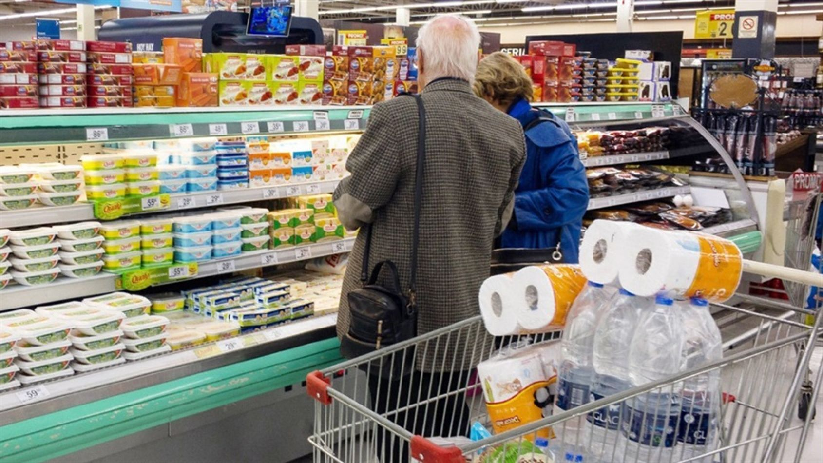 Góndolas con precios dispares según la cadena del supermercado