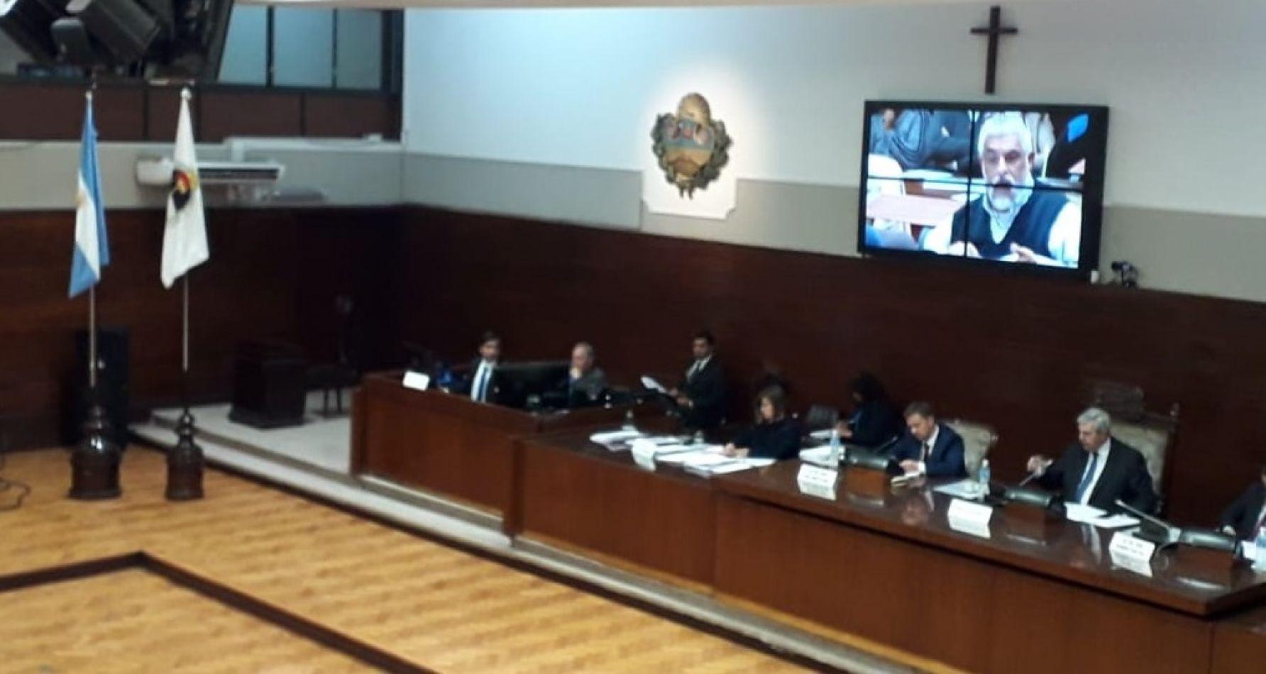 Otra vez diputados oficialistas aprobaron una Ley que el Poder Ejecutivo ocultó a la oposición