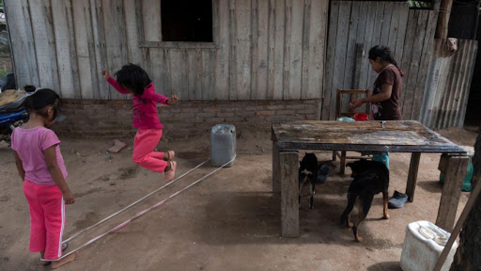 En Salta hay 37 niños wichi internados por cuadros de desnutrición y deshidratación