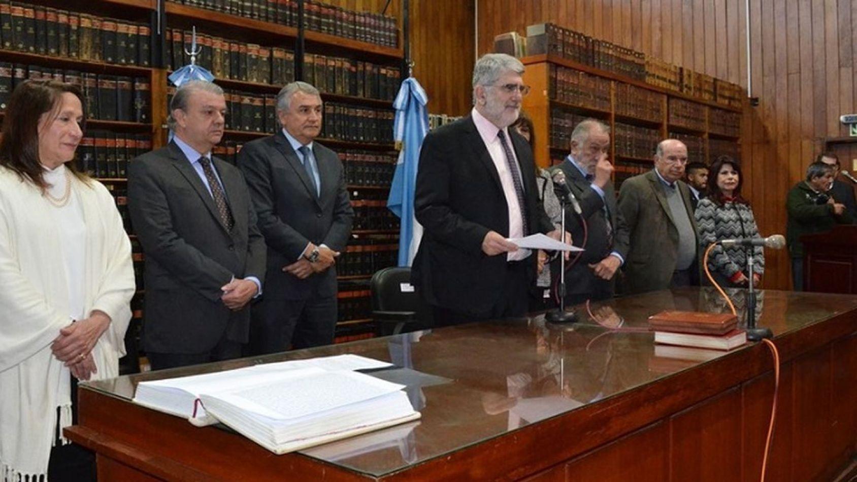 Crisis Institucional: Morales debió sacrificar a Pablo Baca