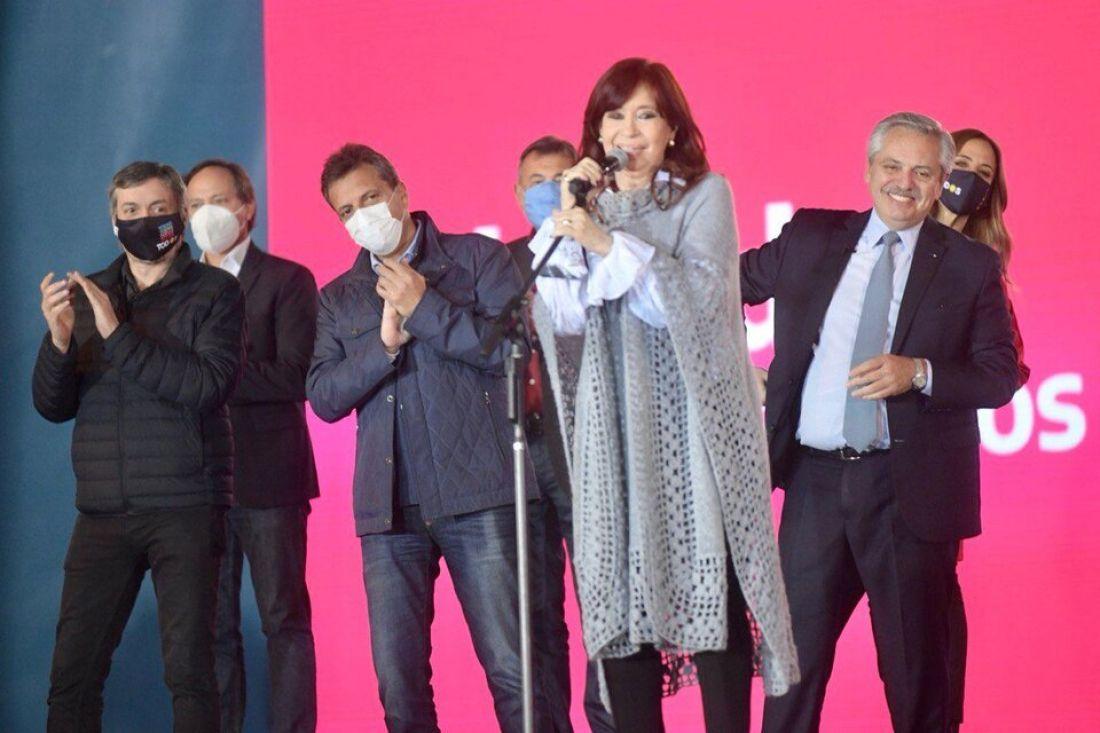 """Cristina Kirchner: """"Gobernar es hacer, está en nuestro ADN de peronistas"""""""