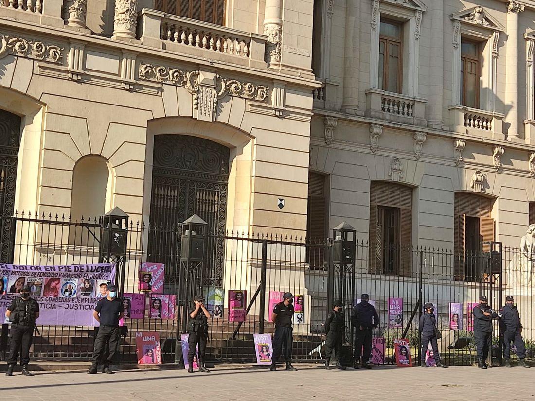Marcha por Iara, por Nahir, por Cesia y todas las víctimas de femicidio y la justicia patriarcal