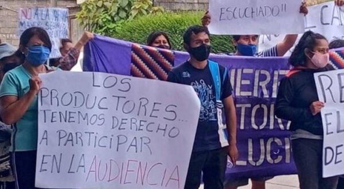 """Con múltiples irregularidades, el gobierno de Morales """"enmascara"""" de legalidad las audiencias públicas"""