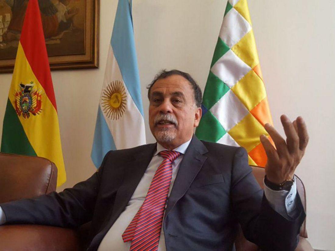 Golpe de Estado en Bolivia: el embajador argentino quiso irse del país, pero lo obligaron a quedarse